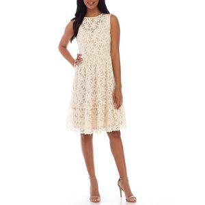 Luxology Floral Midi Dress